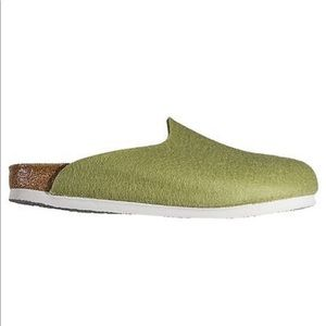 adbaaa22da49 Birkenstock Messina Mary Jane Leather Clogs 37.  199  0 · Birkenstock  Amsterdam Wool Felt Clog Mules Sz 39 9